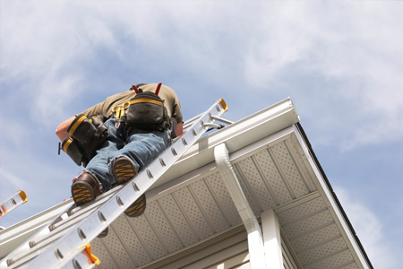 Gutter Contractor Services Omaha NE - Seamless Gutters Installations | Universal Roofing - 1gutter