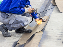 Commercial Roofing In Bellevue NE - Universal Roofing - worker