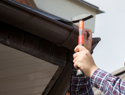 About Universal Roofing - Roofing Installation & Repair Contractors Omaha NE - residential-and-commercial-roof-inspection-service